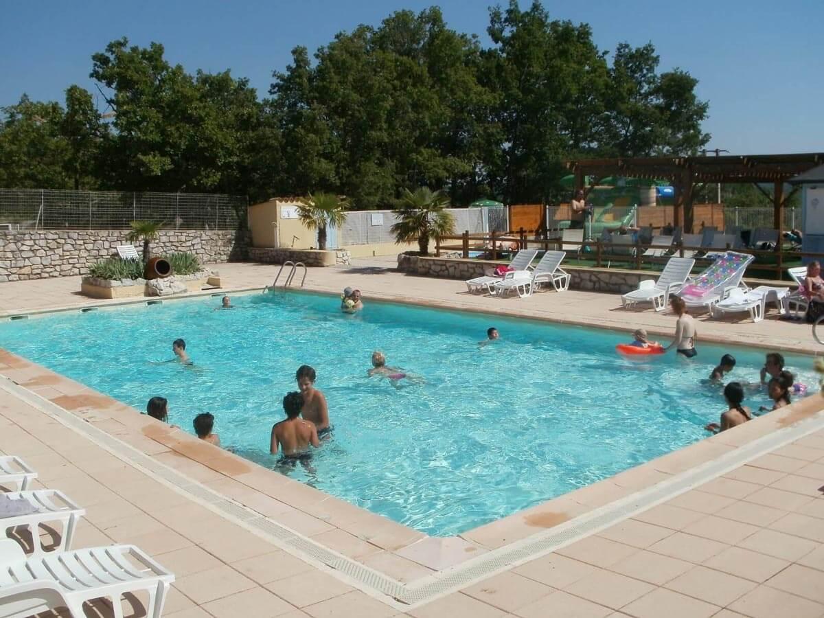 camping gordes avec piscine