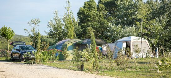 emplacement camping car Banon